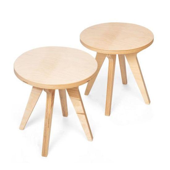 Bild von 2 Stühle für Drawin' Table